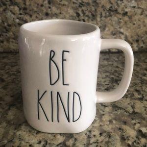 Rae Dunn- BE KIND Mug